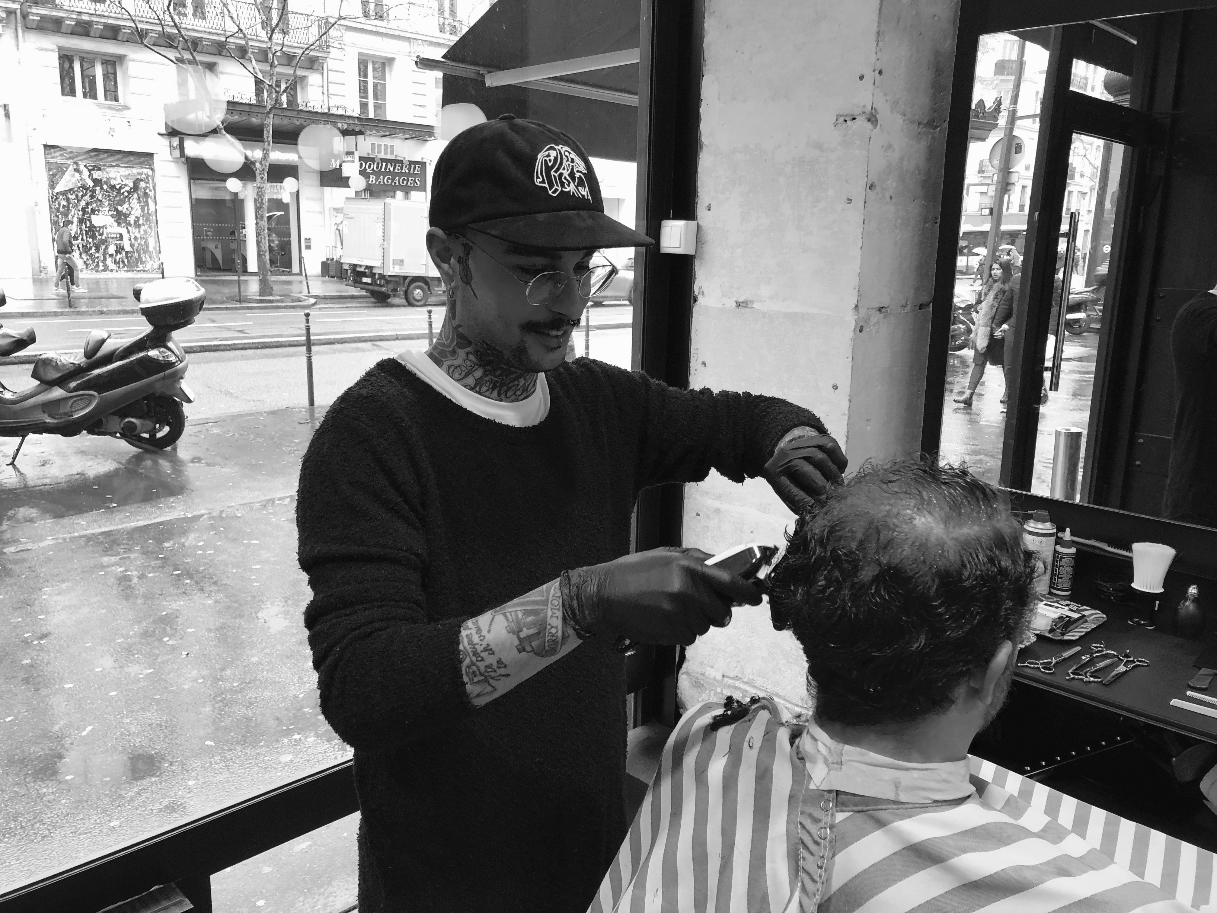 Guillaume Les Garçons Barbiers Coiffeur Barbier Paris